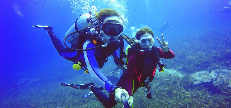 How To Shoot Underwater Macro Photographs