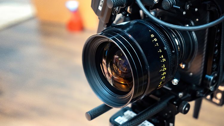 Leverage high-end camera and lens